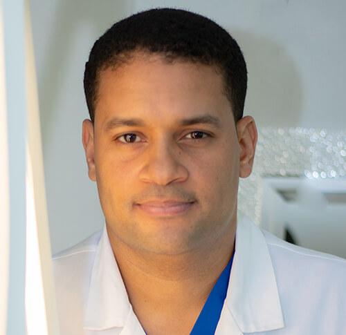 Dr-Emmanuel-Perez